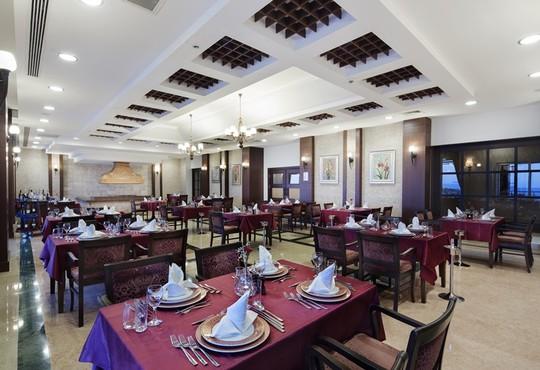Alba Royal Hotel 5* - снимка - 7