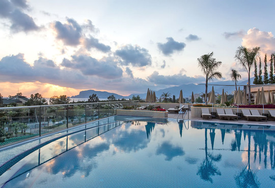 Michell Hotel & Spa 5* - снимка - 2
