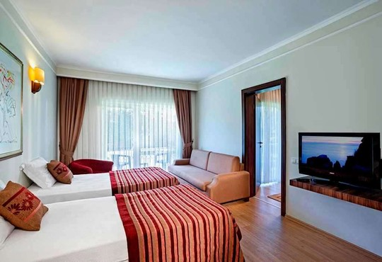 Maritim Pine Beach Resort 5* - снимка - 7