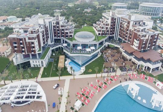 Selectum Luxury Resort 5* - снимка - 1