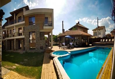 Почивка в къща за гости Биг Хаус 1*, с. Огняново! 1 нощувка в двойна стая или апартамент, безплатно ползване на басейн, джакузи и барбекю - Снимка