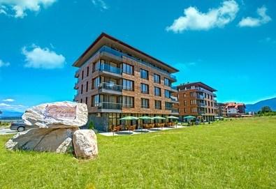Планински релакс в Бутиков хотел Корнелия 3*, Банско! Нощувка със закуска и вечеря в апартамент или студио, позлване на релакс зона и вътрешен басейн, безплатно за деца до 5.99 г. - Снимка