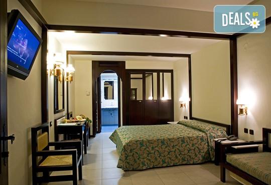 Simantro Beach Hotel 5* - снимка - 9