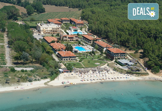 Simantro Beach Hotel 5* - снимка - 1