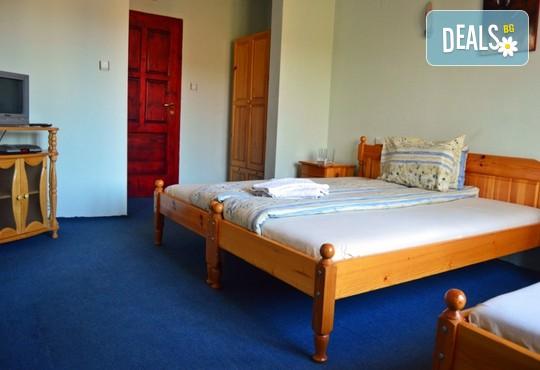 Хотел Крайпътен Рай 2* - снимка - 3