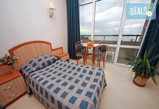 Хотел Лилия 4* - снимка - 3