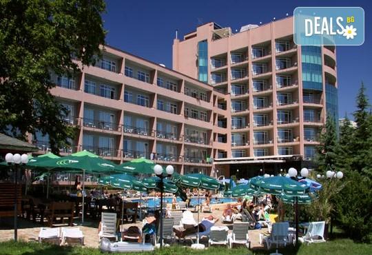 Хотел Лилия 4* - снимка - 2