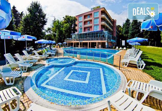 Хотел Глория 3* - снимка - 2