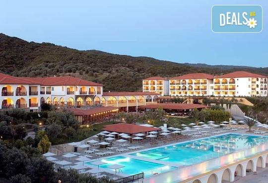 Akrathos Beach Hotel 4* - снимка - 1
