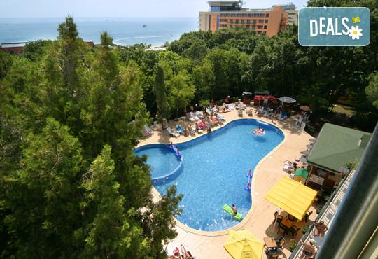 Парк Хотел Тинтява 3* - снимка - 1