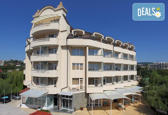 Хотел Аврора 3* - снимка - 4
