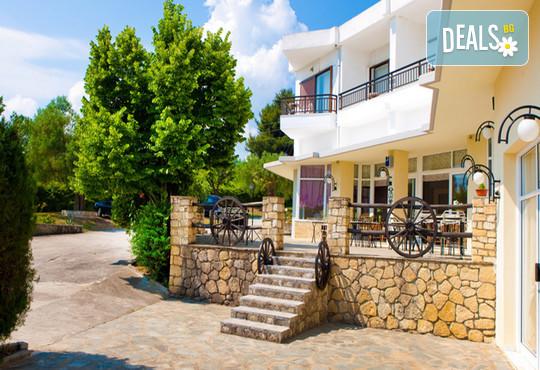 Across Pashos Hotel 3* - снимка - 3