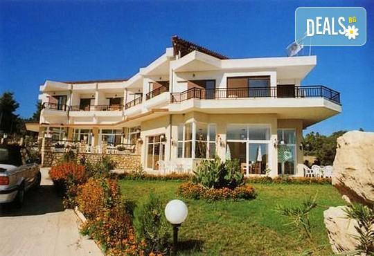 Pashos Hotel 3* - снимка - 1