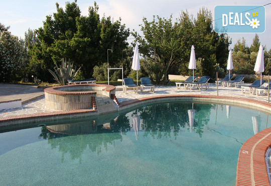 Across Pashos Hotel 3* - снимка - 17