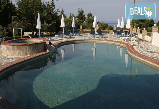 Across Pashos Hotel 3* - снимка - 16