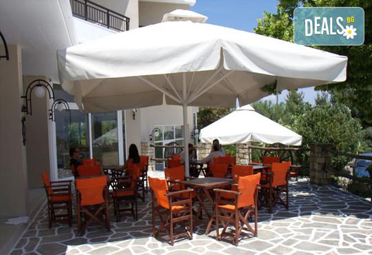 Across Pashos Hotel 3* - снимка - 6