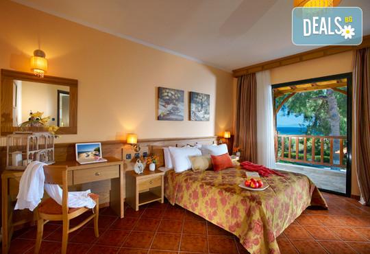 Blue Dolphin Hotel 4* - снимка - 19
