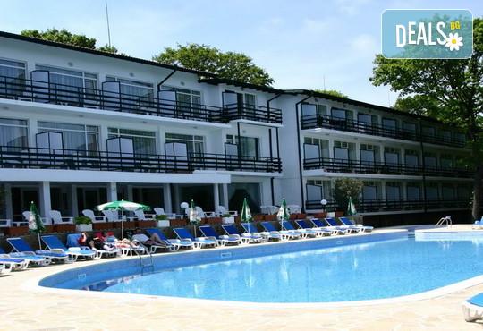 Хотел Кини Парк 3* - снимка - 2