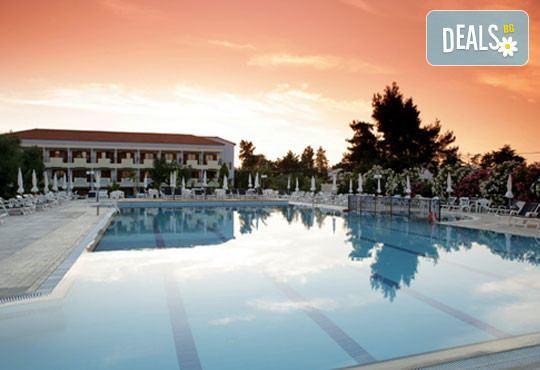 Tresor Sousouras Hotel (ex.Hanioti Palace) 4* - снимка - 11
