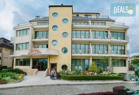 Хотел Атлант 3* - снимка - 2