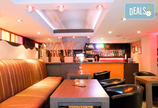 Хотел Виктория 3* - снимка - 23