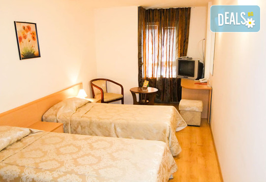Хотел Виктория 3* - снимка - 14