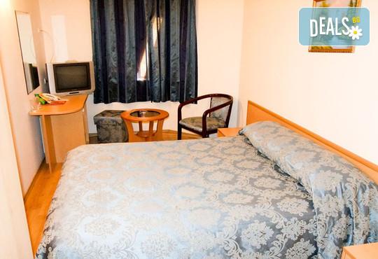 Хотел Виктория 3* - снимка - 9