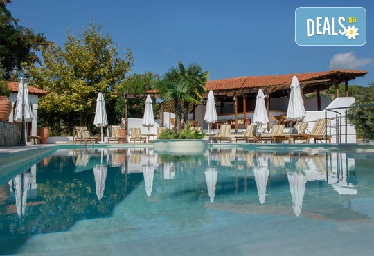Pyrgos Hotel 2* - снимка - 1