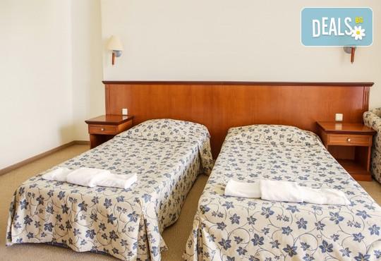 Хотел Йо 3* - снимка - 4