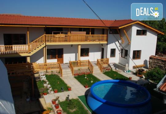 Къща за гости Наш дом - снимка - 3