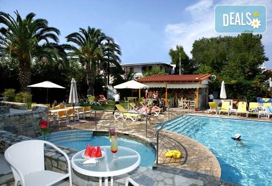 Dionysos Hotel & Studios 3* - снимка - 1