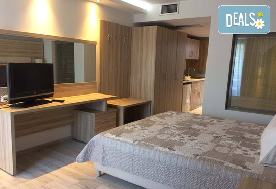 Dionysos Hotel & Studios 3* - снимка - 6