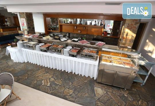Dionysos Hotel & Studios 3* - снимка - 9