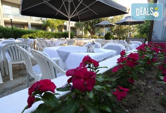 Dionysos Hotel & Studios 3* - снимка - 12