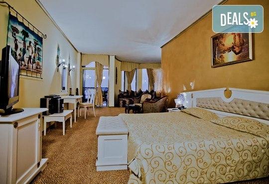 Хотел Виктория Палас 5* - снимка - 5