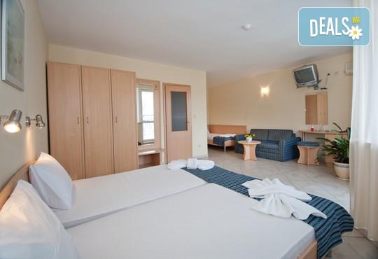 Хотел Бриз 3* - снимка - 5