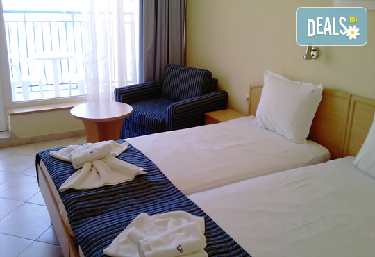 Хотел Бриз 3* - снимка - 6