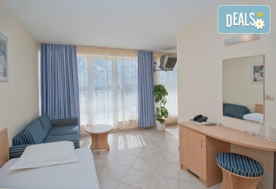 Хотел Бриз 3* - снимка - 8