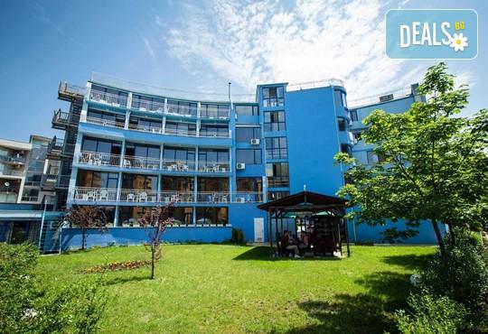 Хотел Бохеми 3* - снимка - 2