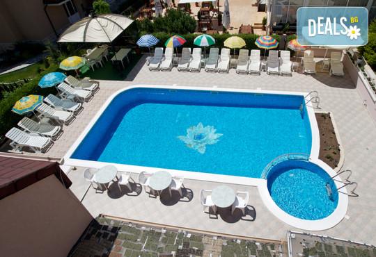 Семеен хотел Венера 3* - снимка - 11