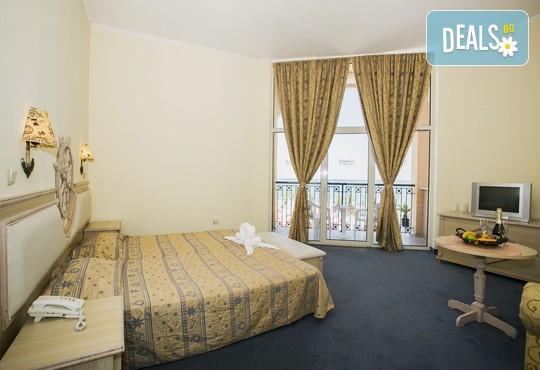 Хотел Роял Парк 4* - снимка - 22