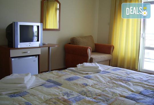 Хотел Кипарис 3* - снимка - 2
