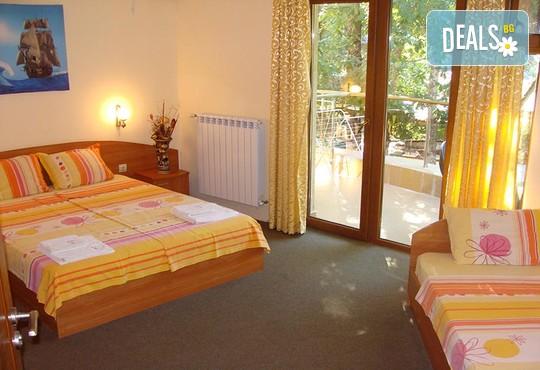 Хотел Sunny Paradise 3* - снимка - 6