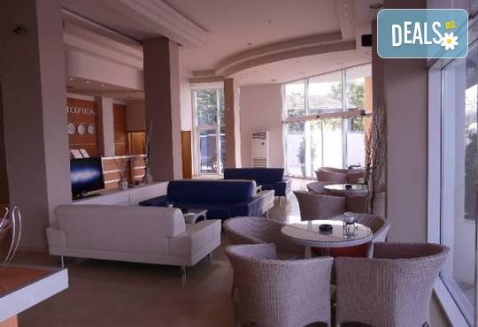Хотел Ескада Бийч 3* - снимка - 11