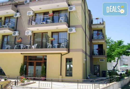 Семеен хотел Кандрови 3* - снимка - 3