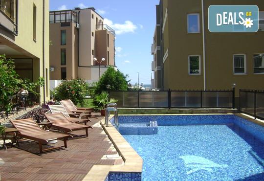 Семеен хотел Кандрови 3* - снимка - 8