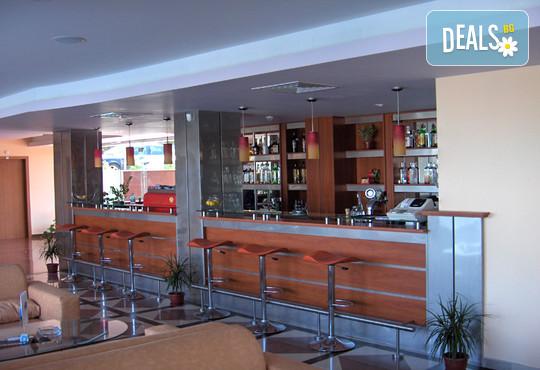 Хотел Сънсет Бийч 3* - снимка - 14