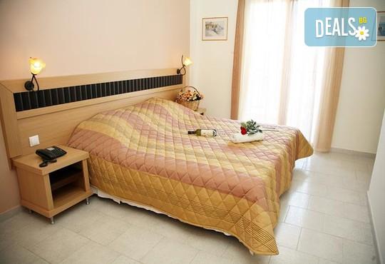 Sarantis Hotel 3* - снимка - 2