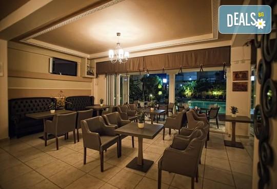 Sarantis Hotel 3* - снимка - 11