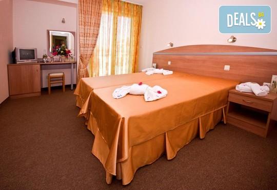 Хотел Зевс 3* - снимка - 15